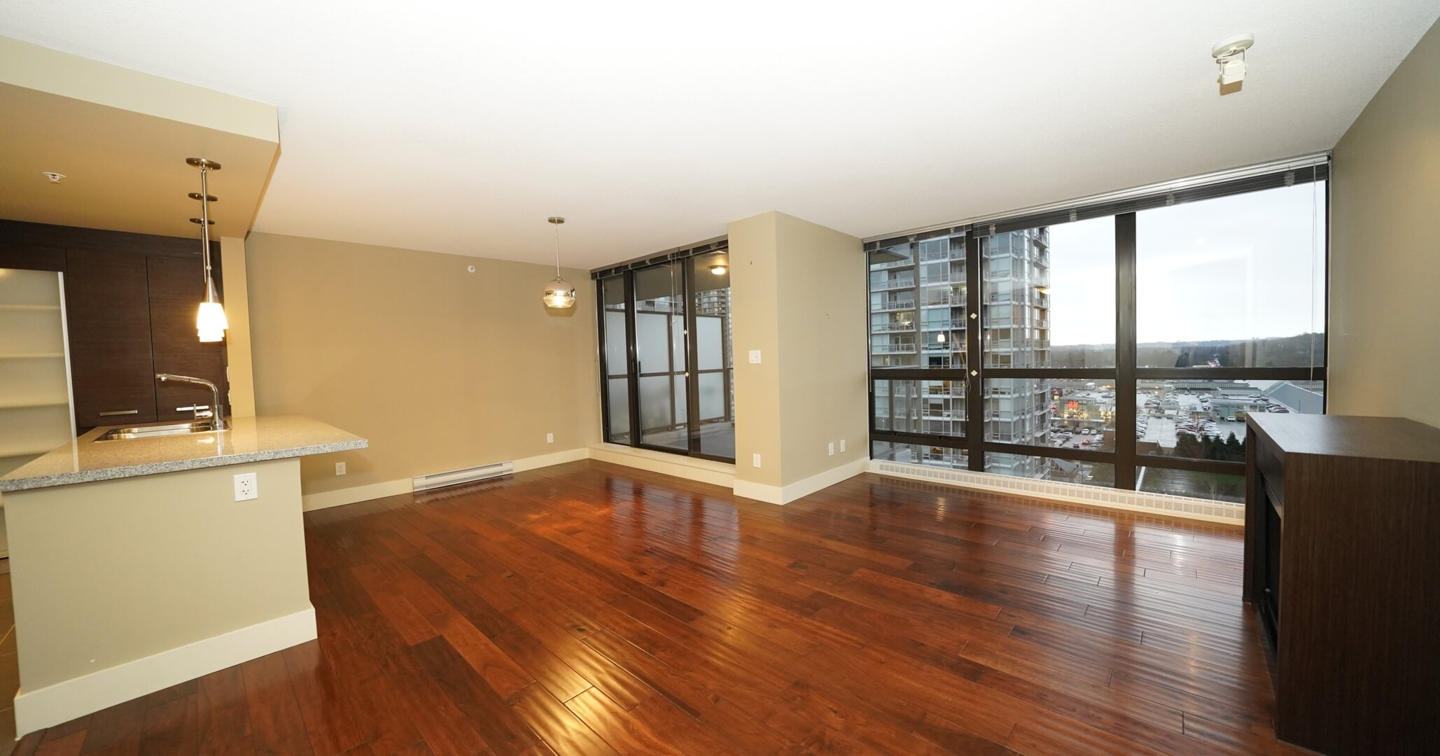[FOR RENT]#1505-2959 Glen Drive, Coquitlam (The Parc), 2Bedroom+2Bath (889Ft+Balcony)