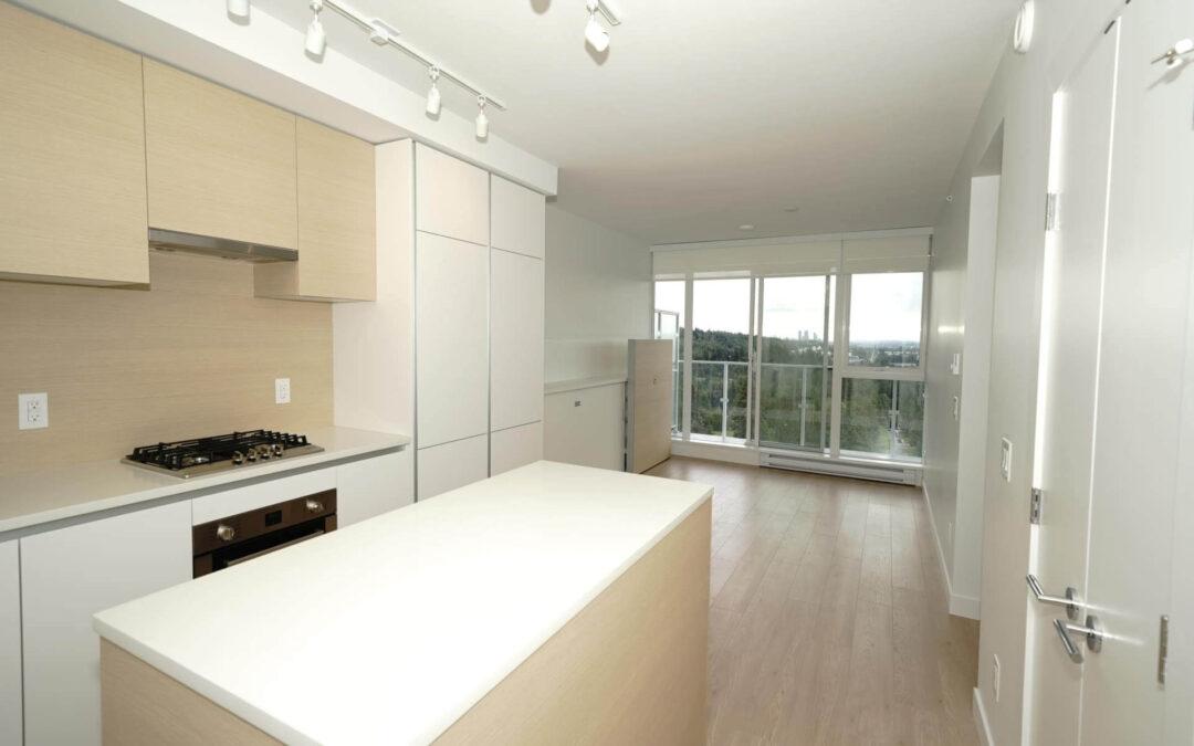 [FOR RENT]652 Whiting Way, Coquitlam (Lougheed Heights), 1 Bedroom + 1 Bath (517SqFt + 74SqFt Balcony)