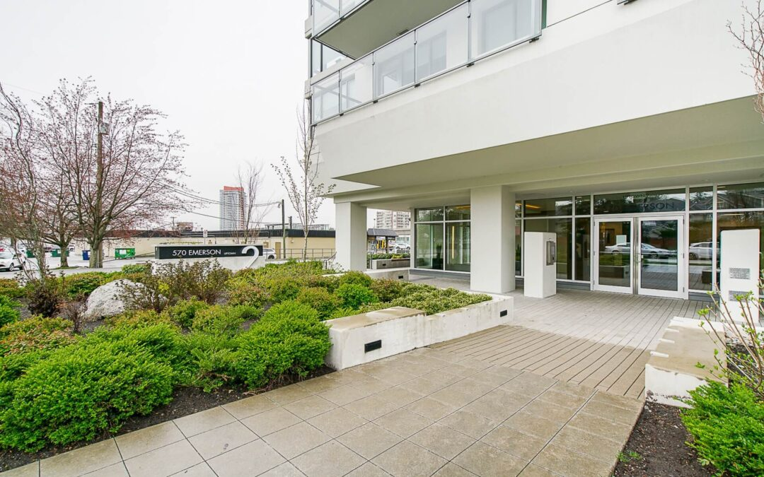 [FOR RENT] RentalPropertyManagers.ca-180' Mountain view! Burquitlam Condo at Uptown2
