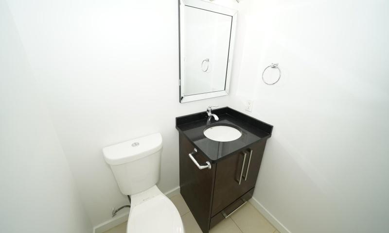 #1xxx-3980 Carrigan Court, Burnaby, 2 Bedrooms Bedrooms, ,1.5 BathroomsBathrooms,Condo,Rented and Completed,Discovery Place,#1xxx-3980 Carrigan Court, Burnaby,1036
