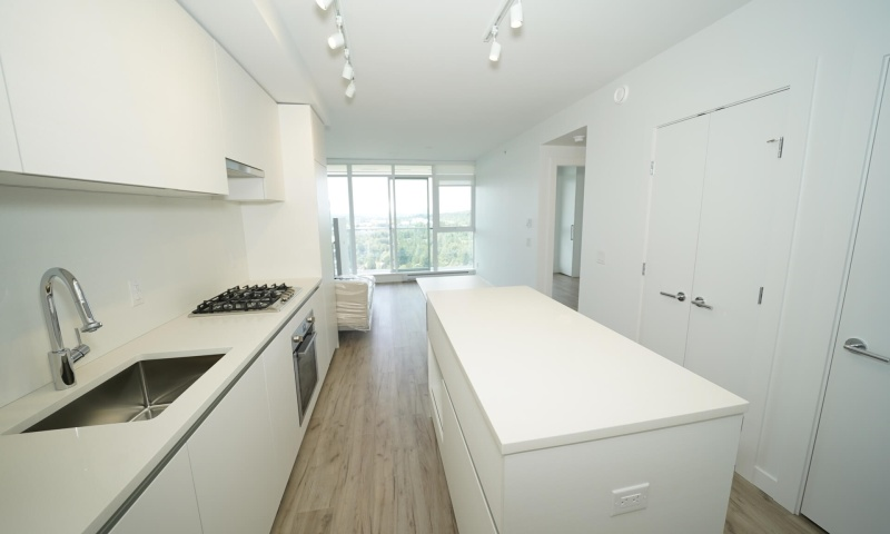 #1xxx- 652 Whiting Way, Coquitlam BC, 1 Bedroom Bedrooms, ,1 BathroomBathrooms,Condo,Rented and Being Managed,Marquee at Lougheed Heights,#1xxx-652 Whiting Way, Coquitlam BC,1047