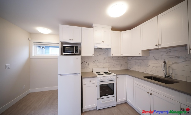 10xx Quadling Avenue, Coquitlam, 1 Bedroom Bedrooms, ,1 BathroomBathrooms,Laneway House,Rented and Being Managed,10xx Quadling Avenue, Coquitlam,1052